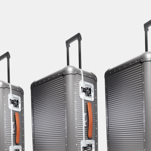 FPM Aluminum Rolling Suitcase Review
